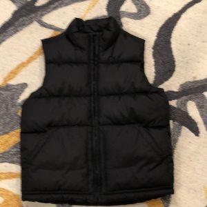 Black old navy puffy vest